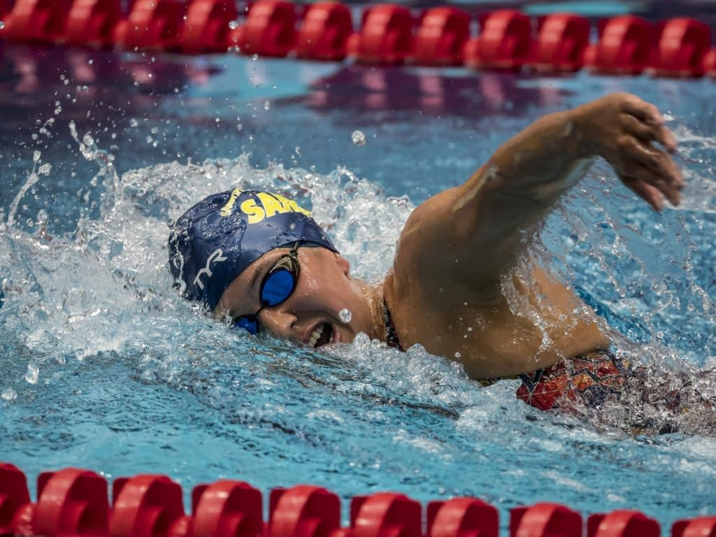 professional swimmers consider CBD hemp flower